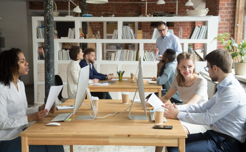 Hot Desks Or Fixed Desks: The Difference
