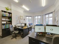 Private Office S5