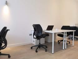 Fixed Desks N5