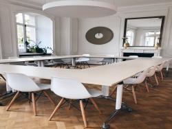 Prestige Meeting Room